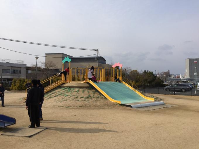 福山みなと公園 滑り台 大きい