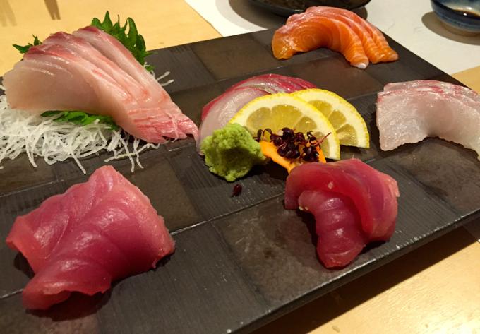 福山市南蔵王町の「魚花」で刺身と寿司を食べてきました