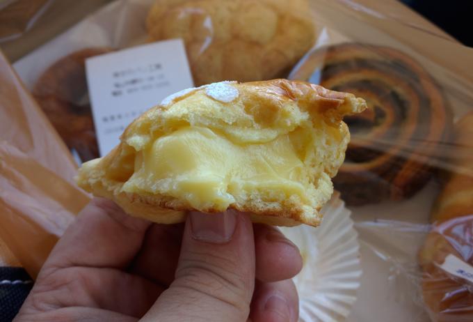 幸せのパン工房 プレミアムクリームパン