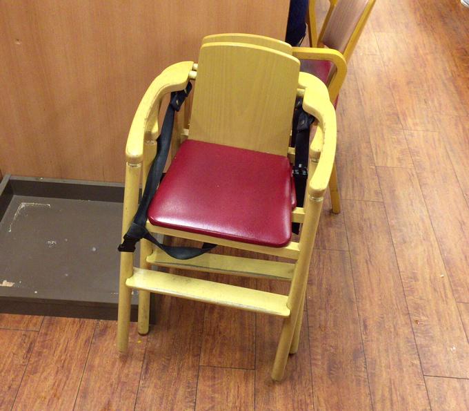 スシロー 子供 椅子