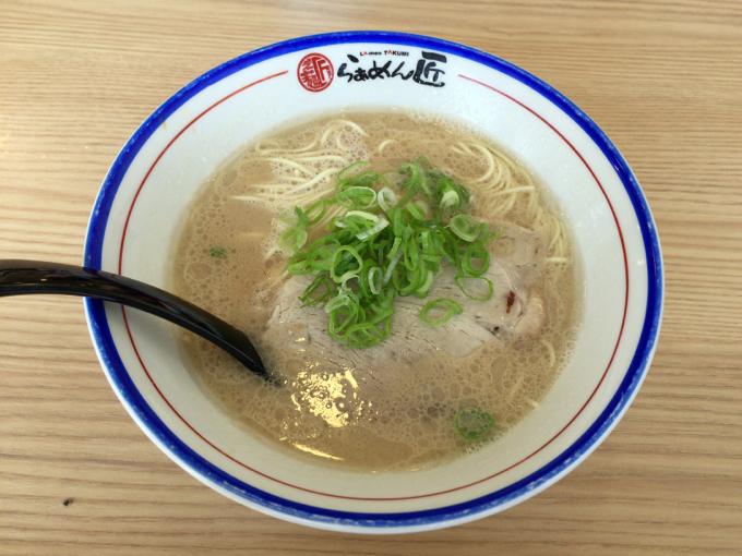 福山市で大人気のラーメン匠で豚骨ラーメンを味わってきた!
