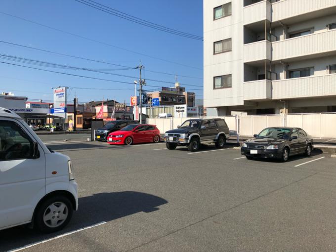 ずんどう屋 駐車場